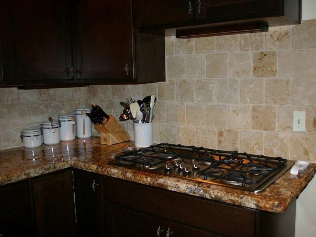 Kitchen backsplash brick pattern interior design backsplash ideas dailygadgetfo Gallery